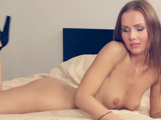Smalltit chick Sabrina is getting naked