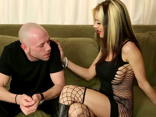 Jeanie Marie is sucking dick of Flynt Dominic