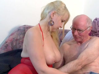 Old man is fucking young blonde Janine